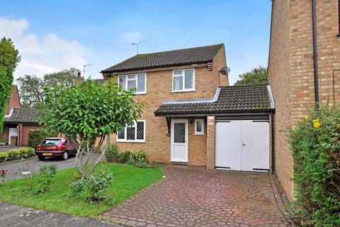 3 bedroom link detached house for sale - Sowerberry Close, Newland Spring, Chelmsford, CM1