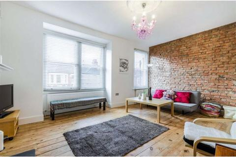 2 bedroom flat to rent - Pine Road, London, NW2
