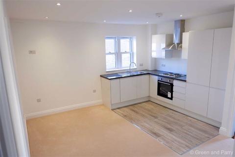 3 bedroom maisonette to rent - Brewery Lane, Byfleet, Surrey