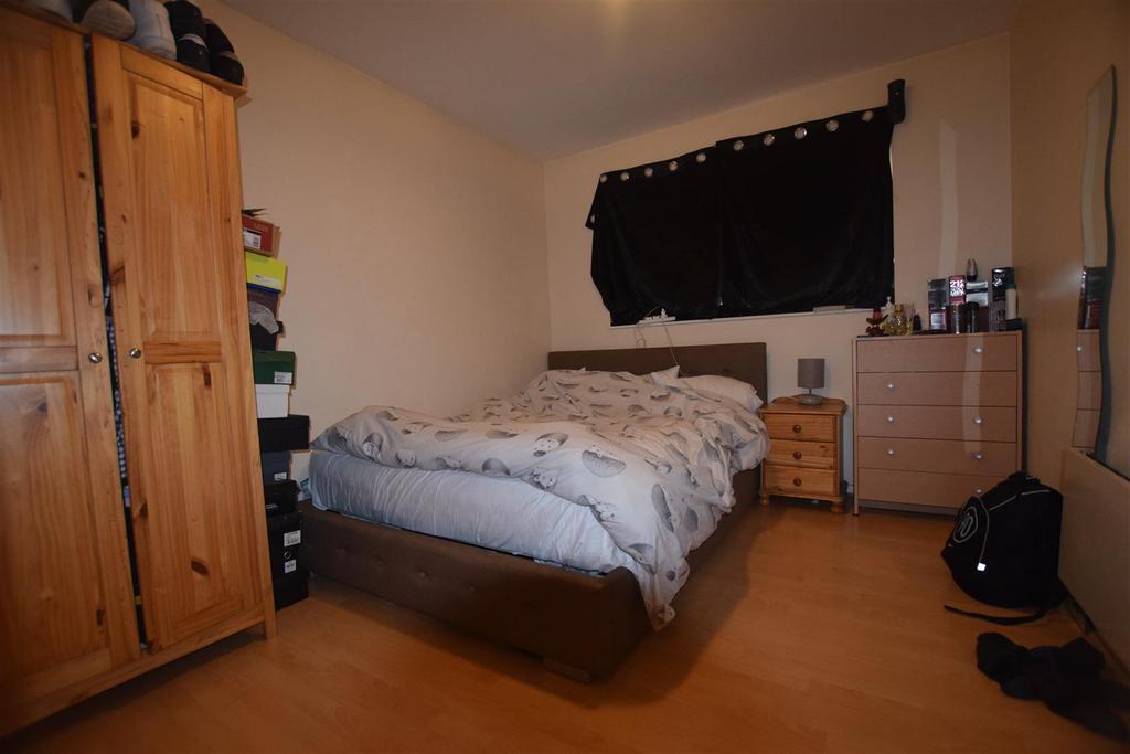 Bedroom .JPG