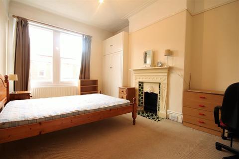 5 bedroom terraced house to rent - Buston Terrace, Jesmond