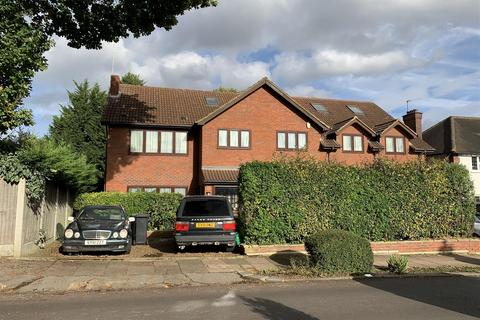 5 bedroom house for sale - Brackendale, Winchmore Hill
