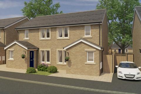 2 bedroom semi-detached house for sale - Langroyd Place, Colne