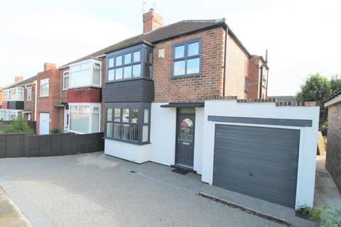 3 bedroom semi-detached house for sale - Hillcrest Avenue, Stockton-On-Tees