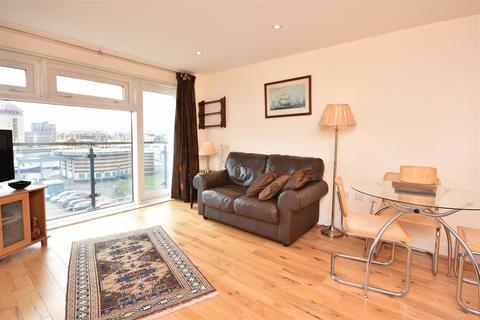 2 bedroom flat for sale - Altamar, Kings Rd, Swansea