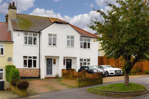3 bedroom terraced house for sale - Chipstead Way, Banstead, Surrey