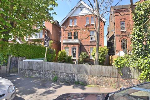 Studio to rent - 28 Hermon Hill, Wanstead, London