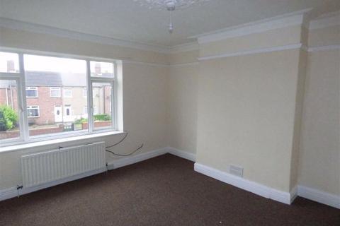 2 bedroom flat to rent - Laburnum Terrace, Ashington