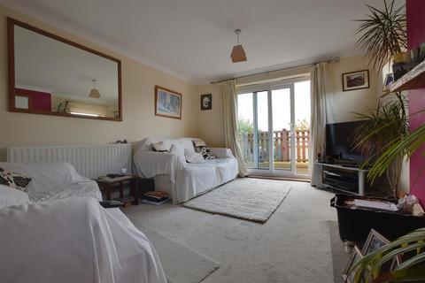 2 bedroom semi-detached bungalow for sale - Winchelsea Road, Hastings