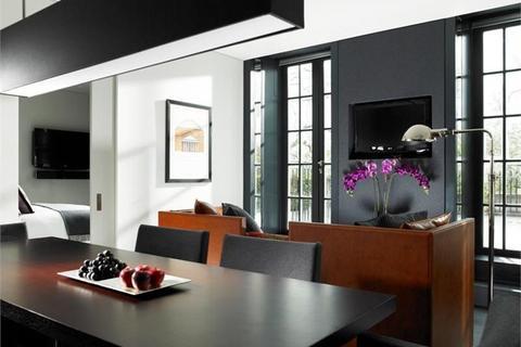 4 bedroom flat to rent - Grosvenor House Suites, Mayfair, London, W1K