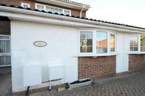 2 bedroom ground floor flat to rent - Hawkesbury, ReadIng, BerkshIre, RG31