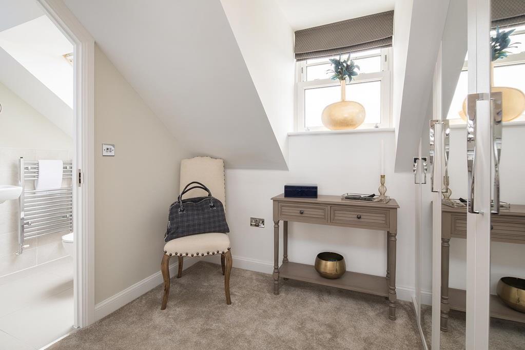 Norbury dressing/en suite area