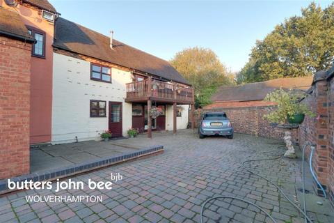 2 bedroom barn conversion to rent - Watling Street, Gailey