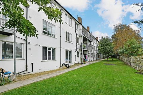 2 bedroom apartment for sale - Martin Way,  Morden, SM4