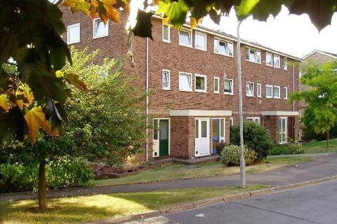 3 bedroom flat to rent - WOOTTON WAY MAIDENHEAD BERKSHIRE SL6