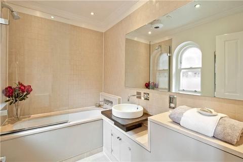 1 bedroom flat to rent - Gilbert Street, Mayfair, London, W1K
