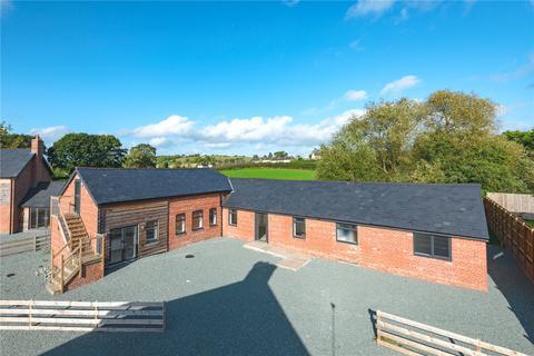 4 bedroom barn conversion for sale - Church Farm Close, Forden, Welshpool, Powys