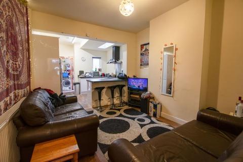 6 bedroom flat to rent - Hubert Road, Selly Oak