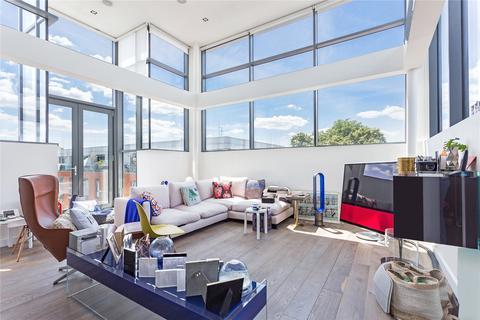 2 bedroom penthouse to rent - Porteus Place, Clapham, London, SW4