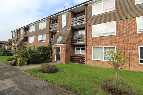 2 bedroom apartment to rent - Freshfield Drive, Southgate, N14