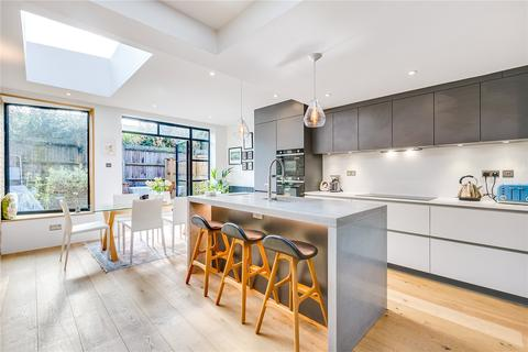 4 bedroom end of terrace house for sale - Graveney Road, Tooting, London, SW17