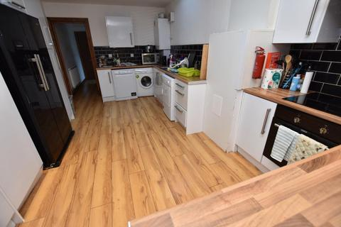 6 bedroom terraced house to rent - Heeley Road Selly Oak