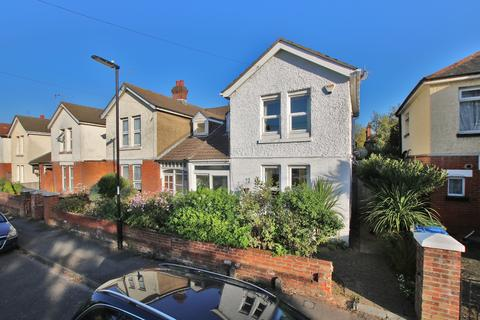 3 bedroom semi-detached house for sale - Shirley, Southampton