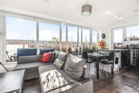 2 bedroom penthouse to rent - Recovery Street London SW17