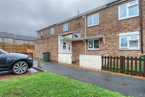 3 bedroom terraced house for sale - Stakesby Close, Guisborough