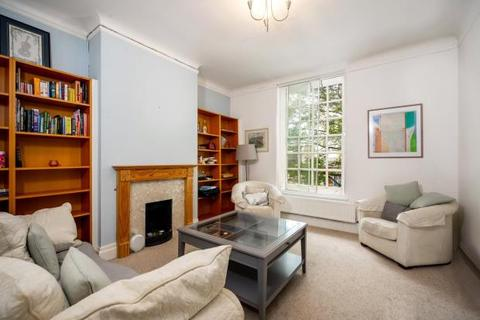 3 bedroom flat for sale - Montrose Court, Finchley Road, London, NW11