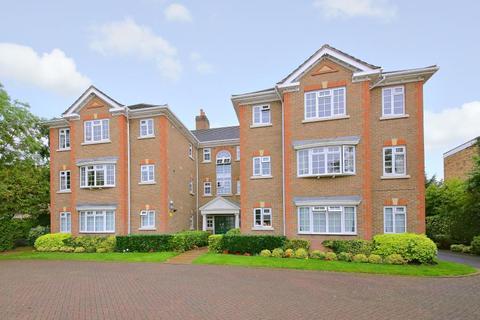 2 bedroom apartment to rent - Admirals Court, Northwood