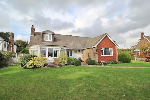 4 bedroom bungalow for sale - Furzeholme, High Salvington, Worthing, West Sussex, BN13