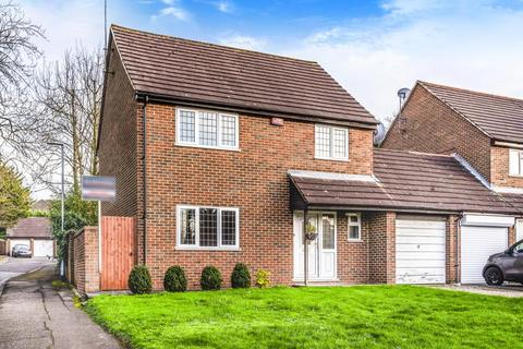 4 bedroom detached house to rent - Northwood, Middlesex, HA6