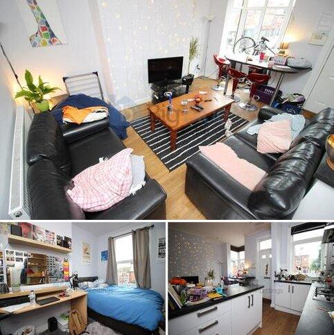 5 bedroom terraced house to rent - 4 Wrangthorn Terrace, Hyde Park,, Five bedrooms, Leeds