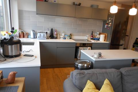 2 bedroom apartment to rent - Amsterdam road, Docklands London., Isle of Dogs, E14