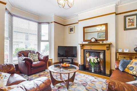 3 bedroom semi-detached house for sale - Queens Road, Mumbles, SA3 4AN