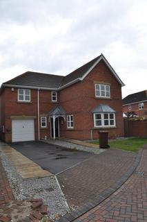 4 bedroom detached house to rent -  Aldenham Park,  Hull, HU7