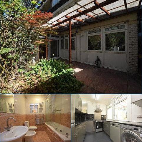 1 bedroom flat to rent - John Ruskin Street London SE5