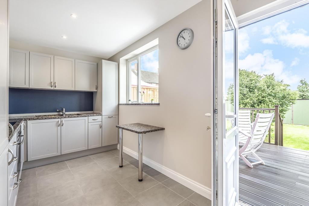 Kitchen & View O