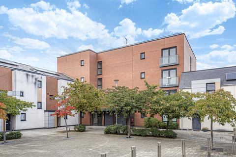 1 bedroom flat for sale - Darwin House, 77 Magnetic Crescent, Enfield, Greater London