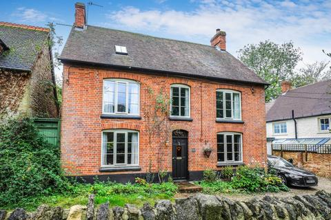 4 bedroom detached house for sale - Church Road, Great Milton, Oxford