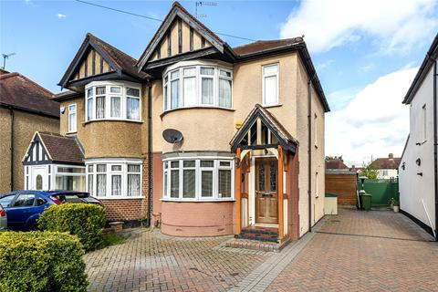 3 bedroom semi-detached house for sale - Burnham Avenue, Ickenham, Uxbridge, Middlesex, UB10