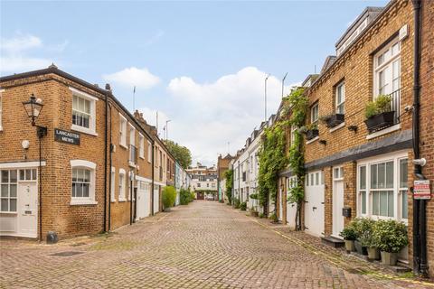 2 bedroom mews for sale - Lancaster Mews, Lancaster Gate, London