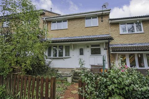 2 bedroom terraced house to rent - Hylder Close, Swindon
