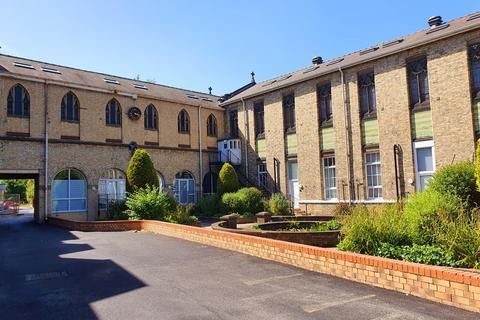 2 bedroom apartment to rent - Endsleigh Park, Beverley Road, Hull