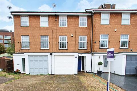 3 bedroom terraced house for sale - Waters Drive, Staines-upon-Thames, Surrey, TW18