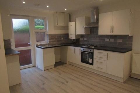 2 bedroom detached bungalow to rent - Rownhams Road, North Baddesley