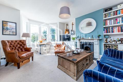2 bedroom apartment to rent - Ferme Park Road, Crouch End N8