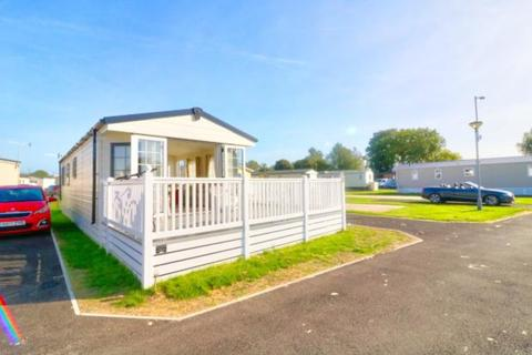 2 bedroom mobile home for sale - Lakeside Holiday Park, Chichester