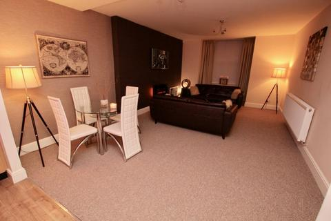 2 bedroom flat to rent - Adelaide Road, Liverpool, L21